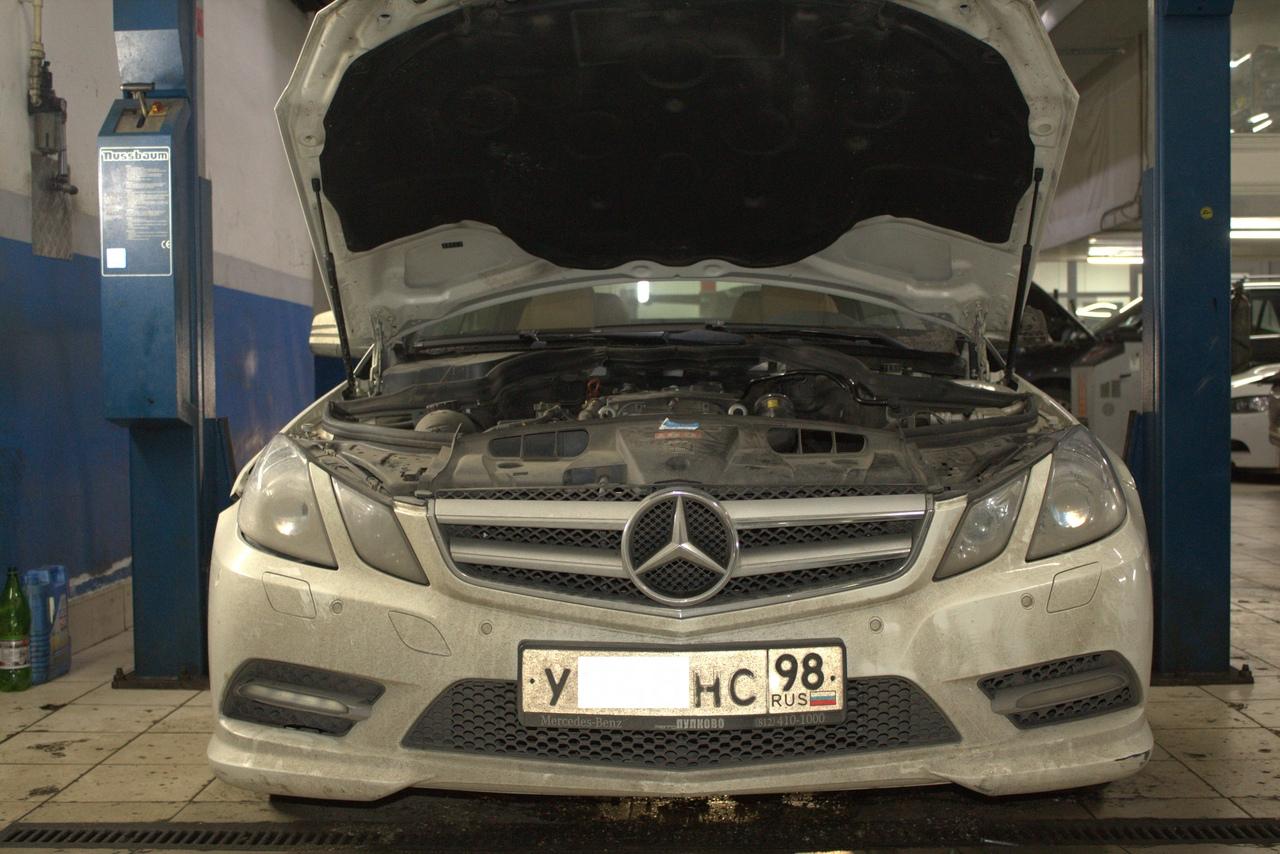 Замена корпуса масляного фильтра Mercedes E200