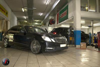 Сервисный центр Mercedes (1)
